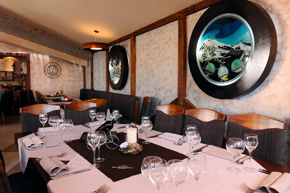 http://kraljevicardaci.com/wp-content/uploads/2019/11/feature-restaurants-home.jpg