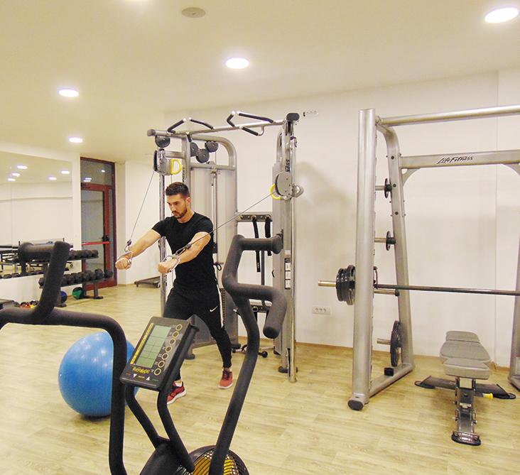 http://kraljevicardaci.com/wp-content/uploads/2020/05/fitness-centar2.jpg