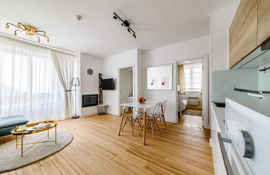 https://kraljevicardaci.com/wp-content/uploads/2021/03/naslovna-apartmani-2021.jpg